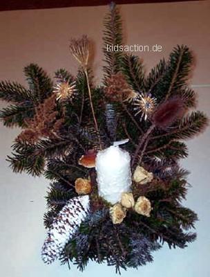 Weihnachtsfloristik selbstgemachte for Gestecke basteln weihnachten
